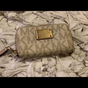 Michael Kros Wallet